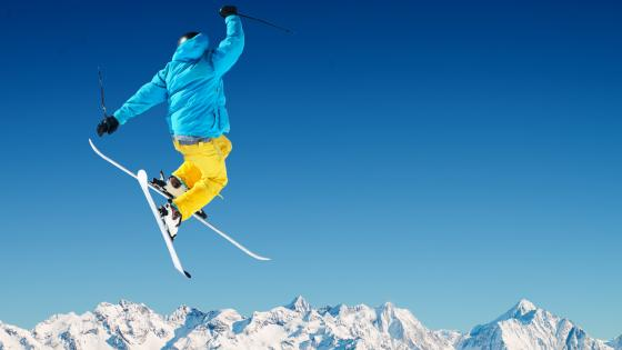 Freestyle skiing wallpaper