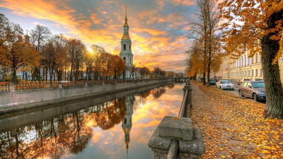 Saint Petersburg at fall wallpaper