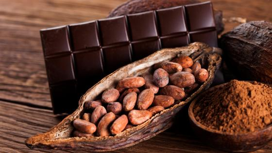 Chocolate and cocoa beans wallpaper