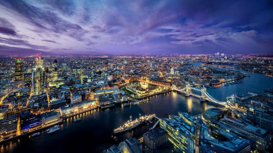 Bird's eye view of London wallpaper