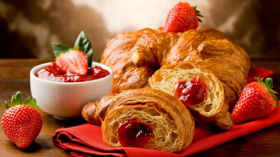 Strawberry Croissant wallpaper