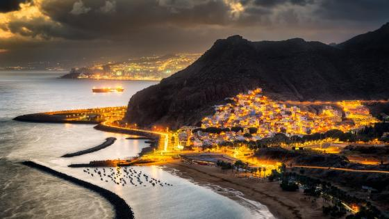 Sunset over Las Teresitas (Tenerife) wallpaper