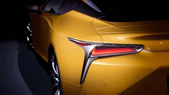 2018 yellow Lexus LC Luster wallpaper