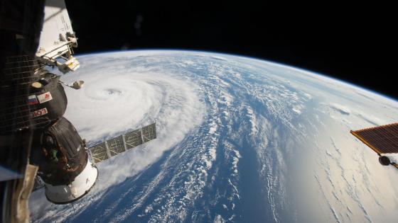 Space Station Flyover of Super Typhoon Noru wallpaper