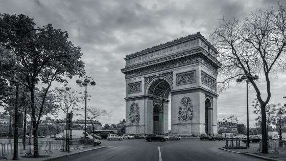 Arc de Triomphe monochrome photography wallpaper