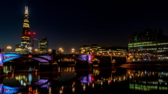 London skyline at night wallpaper
