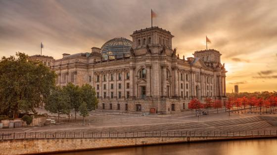 Reichstag Building wallpaper