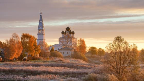 Kazan church (Russia) wallpaper