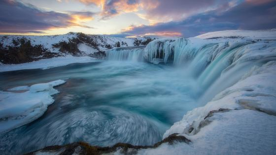 Godafoss - Waterfall of the Gods wallpaper