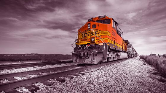 Red BNSF train wallpaper