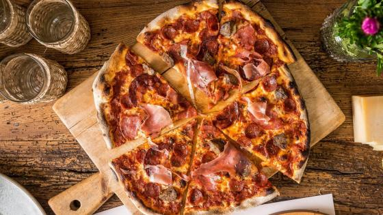 Pizza with Ham and Salami wallpaper