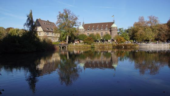 Wasserschloss in the sunshine wallpaper