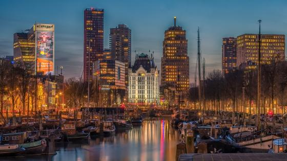 Haringvliet and Witte Huis (White House) in Rotterdam wallpaper