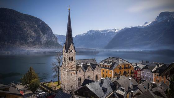 Evangelical Church of Hallstatt (Austria) wallpaper