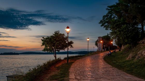 Seafront promenade in Rovinj (Croatia) wallpaper