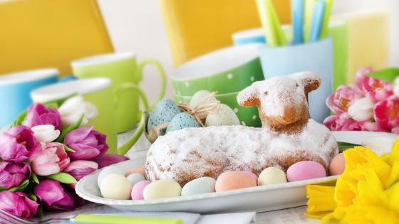 Easter lamb cake wallpaper