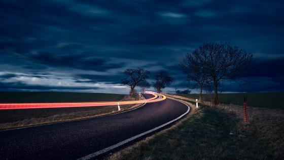 Night road wallpaper
