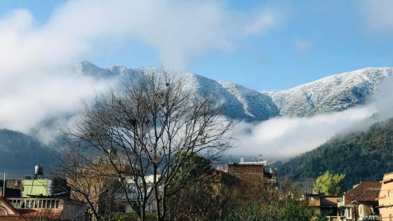 snowfall chandragiri wallpaper
