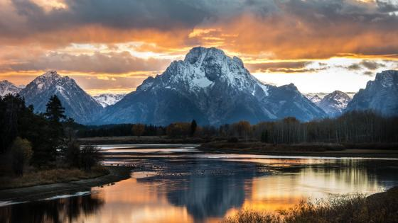 Mount Moran from Snake River wallpaper