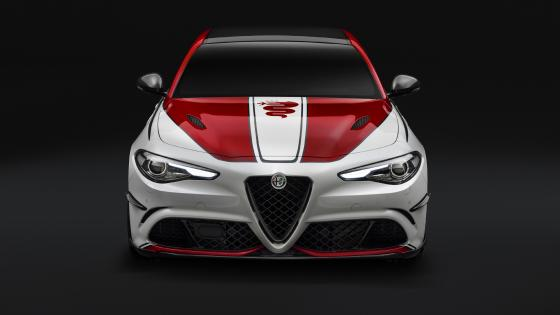 Alfa Romeo Giulia wallpaper