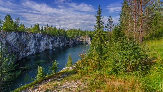 Marble Canyon, Ruskeala Mountain Park wallpaper