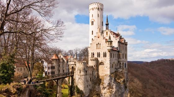 Lichtenstein Castle (Germany) wallpaper