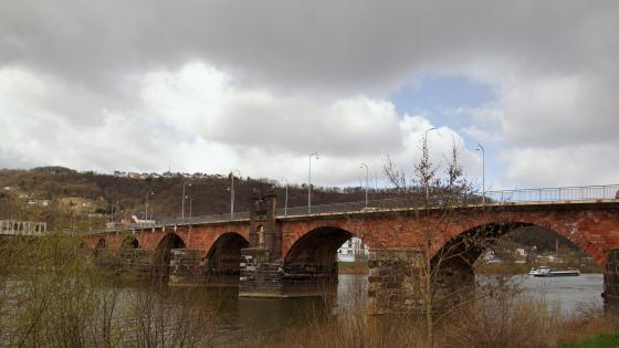 Roman bridge at Trier wallpaper