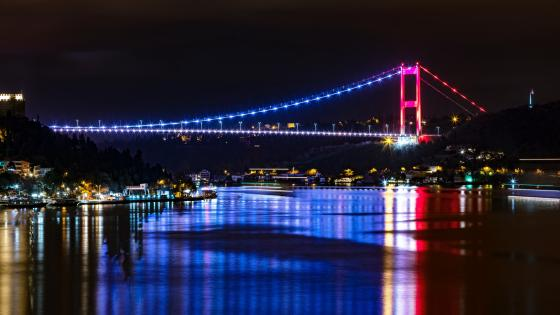 Bosphorus Bridge (15 July Martyrs Bridge) wallpaper