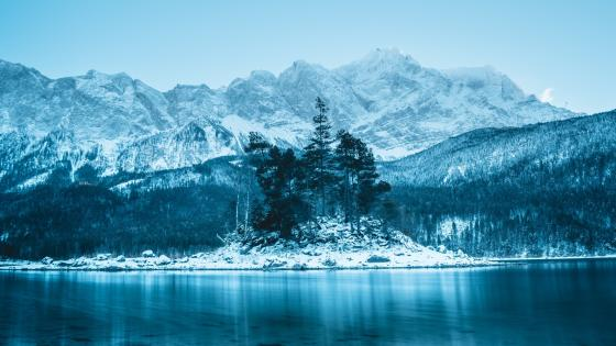 The Zugspitze and the Lake Eibsee wallpaper