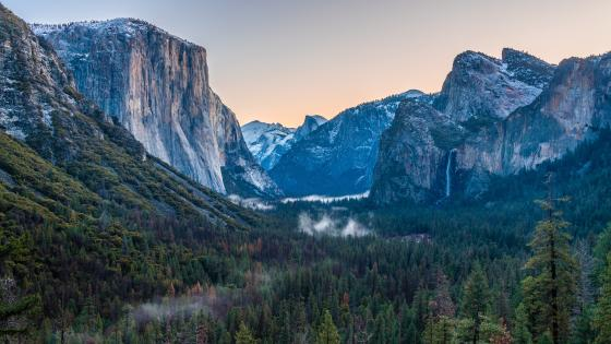Yosemite Tunnel View wallpaper