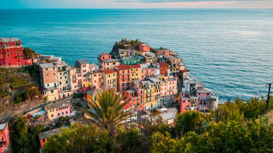Manarola at summer wallpaper