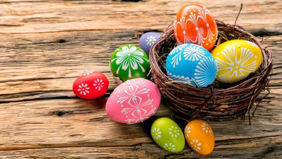Painted easter eggs wallpaper