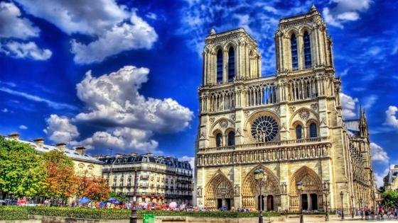 Notre Dame de Paris Cathedral wallpaper