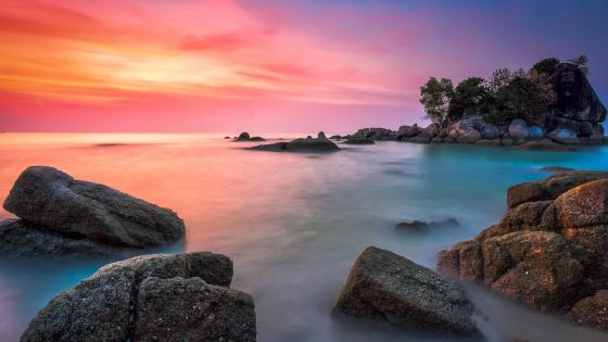 Boulders on the seashore wallpaper