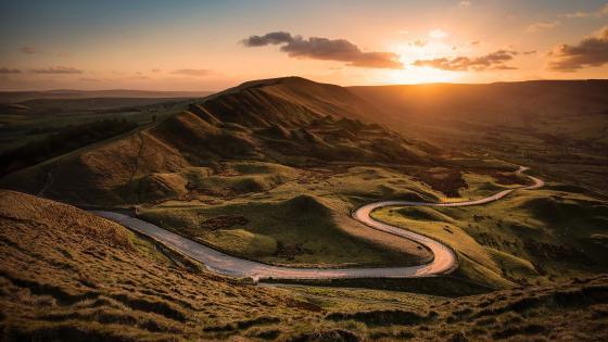 Curving road wallpaper