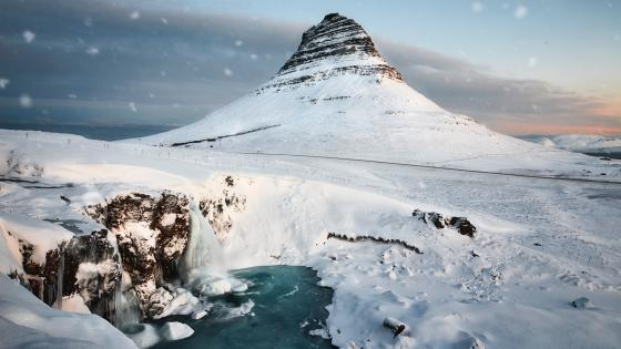Church Mountain (Kirkjufell) wallpaper
