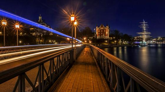 Walkway In Stockholm at night wallpaper