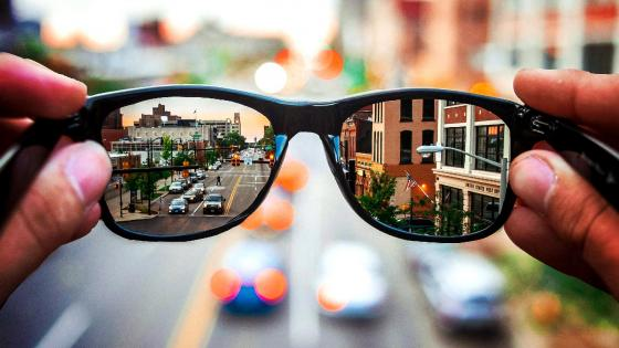 Mirrored sunglasses wallpaper