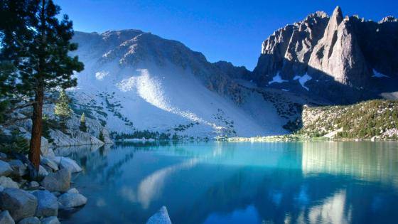 Second Lake and Temple Crag (Sierra Nevada) wallpaper