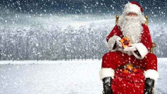 Santa Claus in the snowfall wallpaper