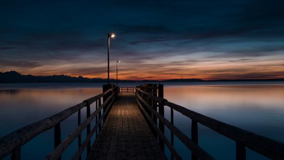 Pier at twilight wallpaper