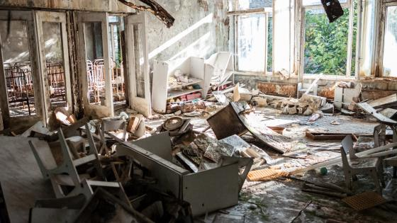 Abandoned buildingt after Chernobyl disaster wallpaper
