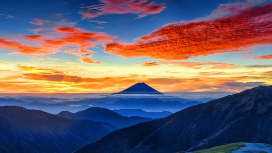 Mount Fuji at sunrise wallpaper