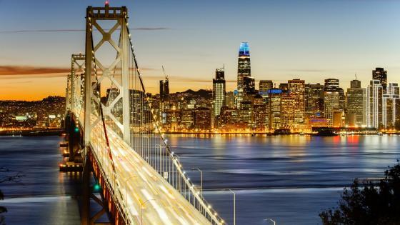 The illuminated Oakland Bay Bridge wallpaper
