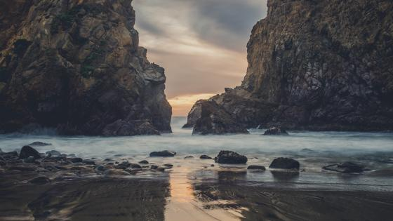 Pfeiffer Beach, Big Sur State Park wallpaper