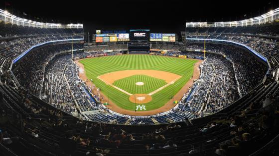 Yankee Stadium in New York wallpaper