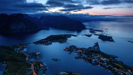 Lofoten Islands at dusk wallpaper