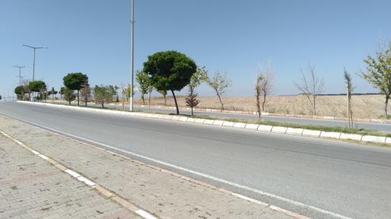 Road in Ağrınas, Turkey wallpaper