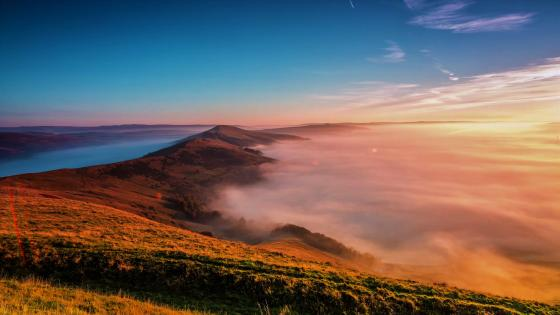 Misty morning landscape wallpaper