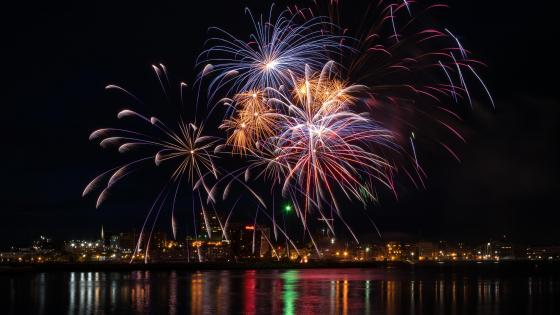 Canada Day Fireworks wallpaper